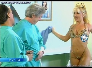 Yanina Zilly hot body nurse striptease