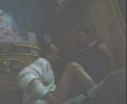 يروحلها شقتها ولبس قميص النوم ينكها ومخبي كاميرا وصورها عريانه