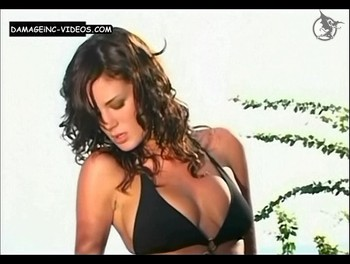 Paula Chaves big natural tits portfolio