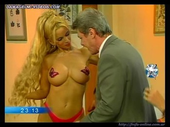 Dana Fleyser shows her big breasts