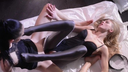 Mia and Scarlett - A Beauty under the Spandex Catsuit