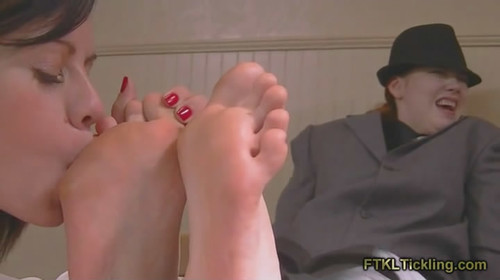 Size 13 Worship and Tickle! (800x500)