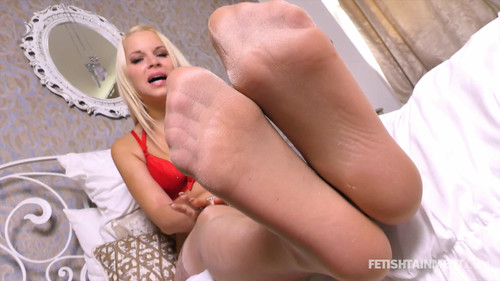 Serenas sexy Nylon Feet - FULL HD WMV