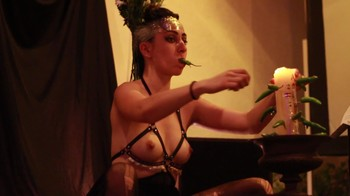 Naked  Performance Art - Full Original Collections - Page 3 Nv5rs6q1cev7