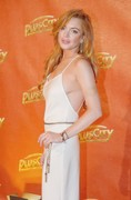 Lindsay-Lohan-braless-wearing-revealing-white-dress-at-The-White-Party-in-Linz-A-s5no756r1w.jpg