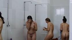 Perrine Tourneux  nackt