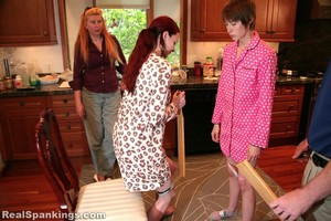 (hd) Home From College: Spoon And Paddle (part 4 Of 4) - image1