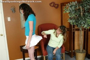 Brandi Strapped For Her Attire - image4