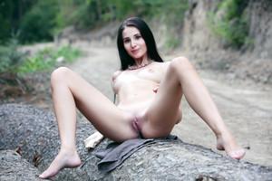 Vanessa-Place-For-Nudity--26sec7vis5.jpg