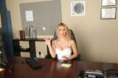 Rachel-Roxxx-Sexy-Secretary-Selfies-%28hardcore%29-56q7risdyu.jpg