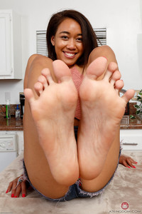 Aria Skye - Footfetish - Set 351556