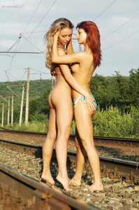 Sofia-and-Sabrina-Railway--36s6fvq440.jpg