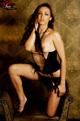Celeste-Star-Burlesque--l6s7duslm6.jpg