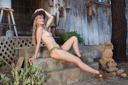 Jennifer-Love-in-Woodland-Hideaway--h6uaw06kg6.jpg