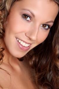 Lizzie Ryan - Sensual Treat q6r9hu0vjj.jpg