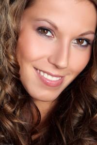 Lizzie Ryan - Sensual Treat  l6r9hu8c6y.jpg