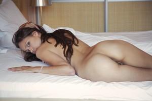 Tristana A - Leggy -b6r9h8ip37.jpg