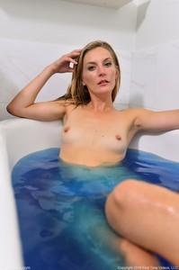 Mona-Deep-Blue--o6srbxk34v.jpg