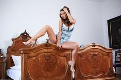 Lizzie Ryan - Bed Show e6uftmwmxl.jpg