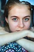 18 03 03 Shayla Alnec26l1nacmn4.jpg