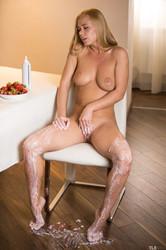 Sarika-A-Sweet-Feet-1-26s9posrs4.jpg